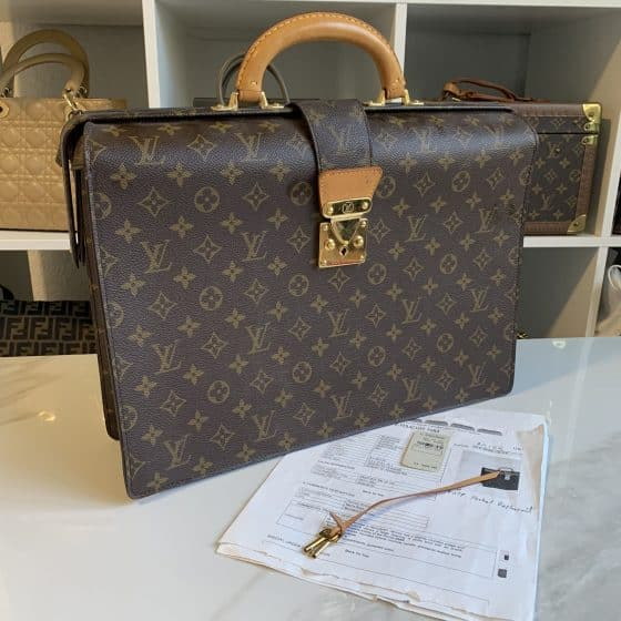 Louis Vuitton Serviette Fermoir NM