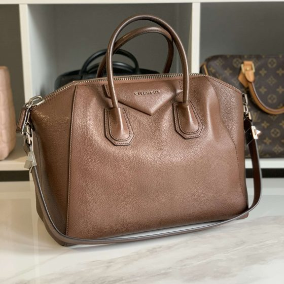 Givenchy Sugar Goatskin Medium Antigona Brown