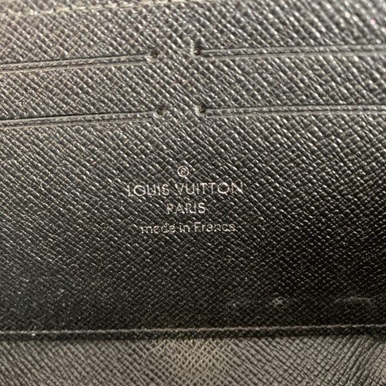 Louis Vuitton Epi Noir Clemence Wallet