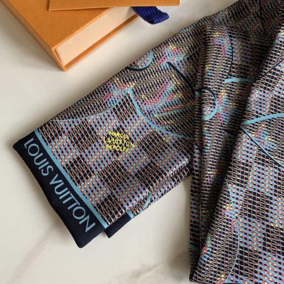 Louis Vuitton Monogram LV Pop Bandeau