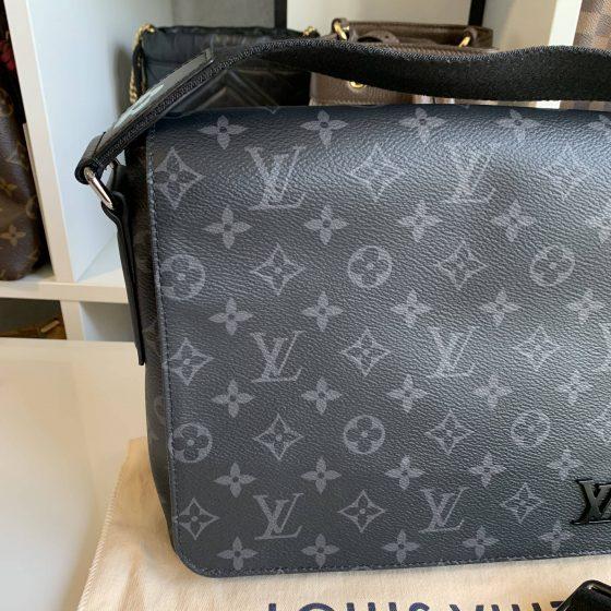 Louis Vuitton Monogram Eclipse District PM
