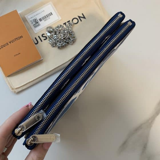 Louis Vuitton Escale Double Zip Pochette Bleu