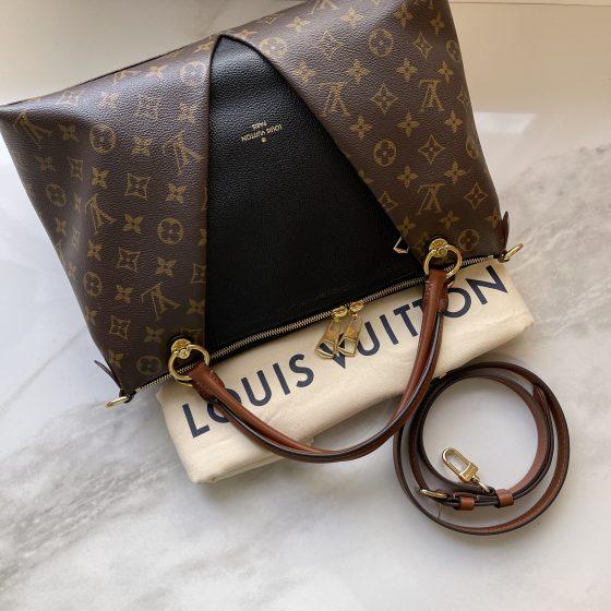 Louis Vuitton Monogram V Tote MM Black