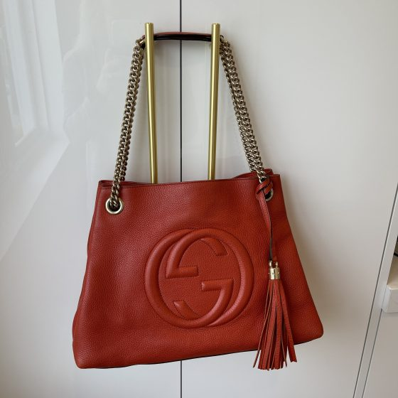 Gucci Pebbled Calfskin Medium Soho Chain Shoulder Bag Burnt Orange