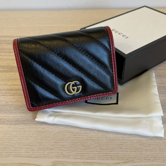 Gucci Vintage Effect Calfskin Matelasse Diagonal Torchon GG Marmont Card Case Black